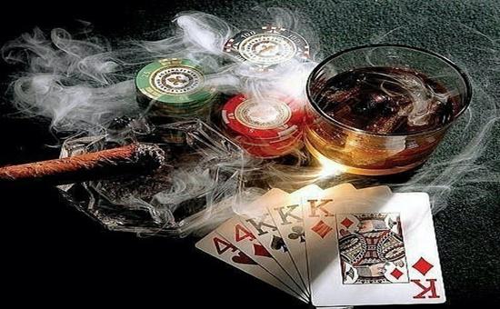 德州扑克牌型概率计算