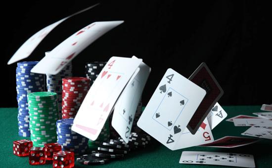职业牌手Jonathan Little不藏私提升扑克技术的5条途径,帮助你的牌技突飞猛进!