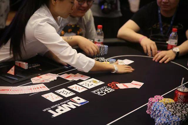 WPT如何阅读德州扑克的公共牌面