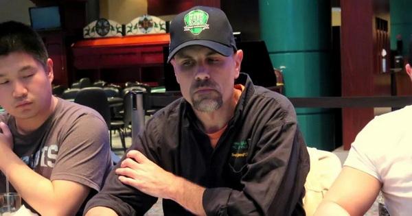 扑克玩家Scott Robbins对百佳塔酒店员工说想跳楼牌手遭终生禁赛