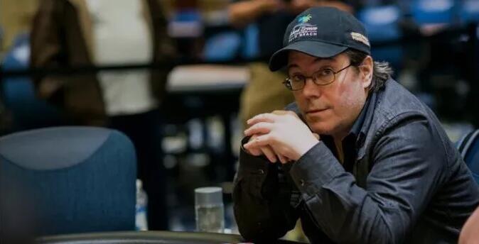 WSOP国际赛事 史上最辉煌的金手链,最终却.....? WSOP金手链贱卖大神