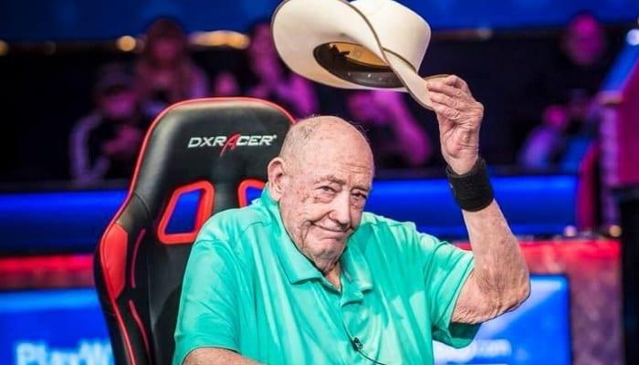 WSOP世界扑克大赛 2017年与迪锐克斯DXRacer电竞椅合作 2021年会有这可能吗?